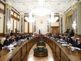 Медведев проведет совещание о расходах федерального бюджета в части ЖКХ и жилищного строительства.